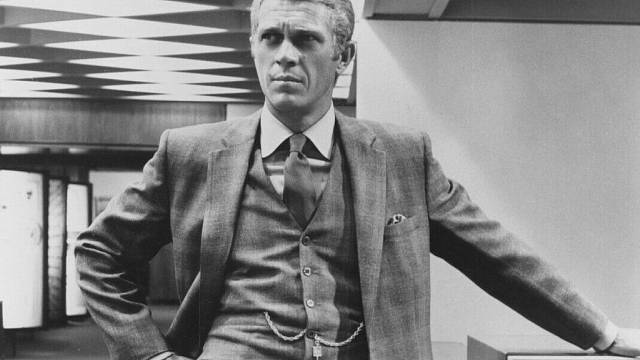Steve McQueen - filmově ztvárnil zločince Motýlka (zde ilustrační foto z filmu The Thomas Crown Affair, 1968