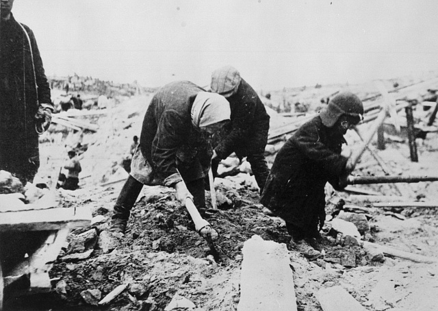 Práce žen vgulagu se nelišila od mužské.