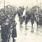 Během sedmidenní války padlo 53 československých vojáků