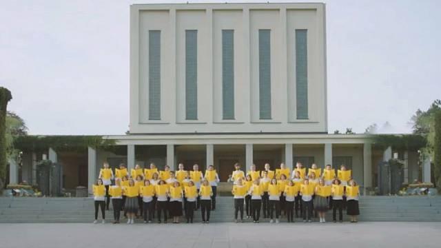 To nejsou Svědkové Jehovovi, to je předvolební kampaň politického sdružení