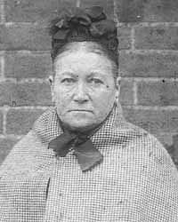 Amelie Dyerová, policejní fotografie z roku 1896