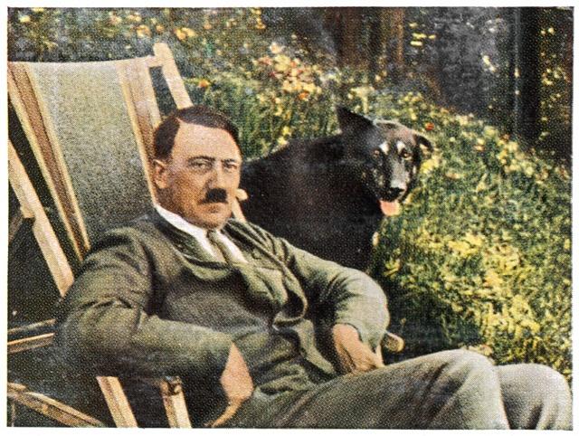 Ani sám Hitler nebyl zrovna příkladným blondýnem.