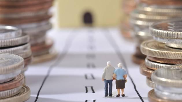 Střední délka života se v Evropě prodlužuje. Věk odchodu do penze se v mnoha zemích posouvá.