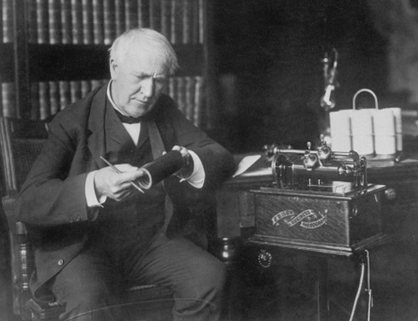 Thomas Alva Edison a jeho fonograf
