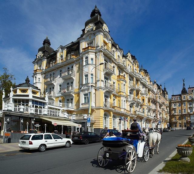 Restaurace hotelu Palace, kdysi místo pravidelných gastronomických výletů Jany Mrencové