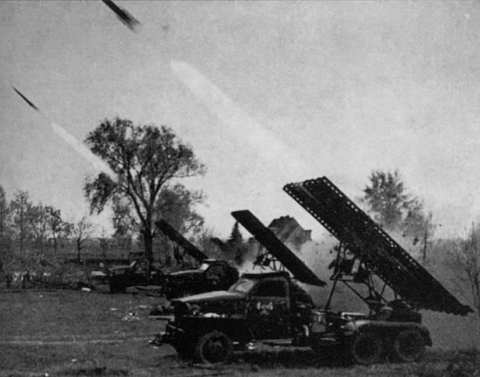Po předchozím průzkumu terénu následoval 11. května 1945 přepad nepřátelských postavení u Slivice palbou sovětských děl a kaťuší