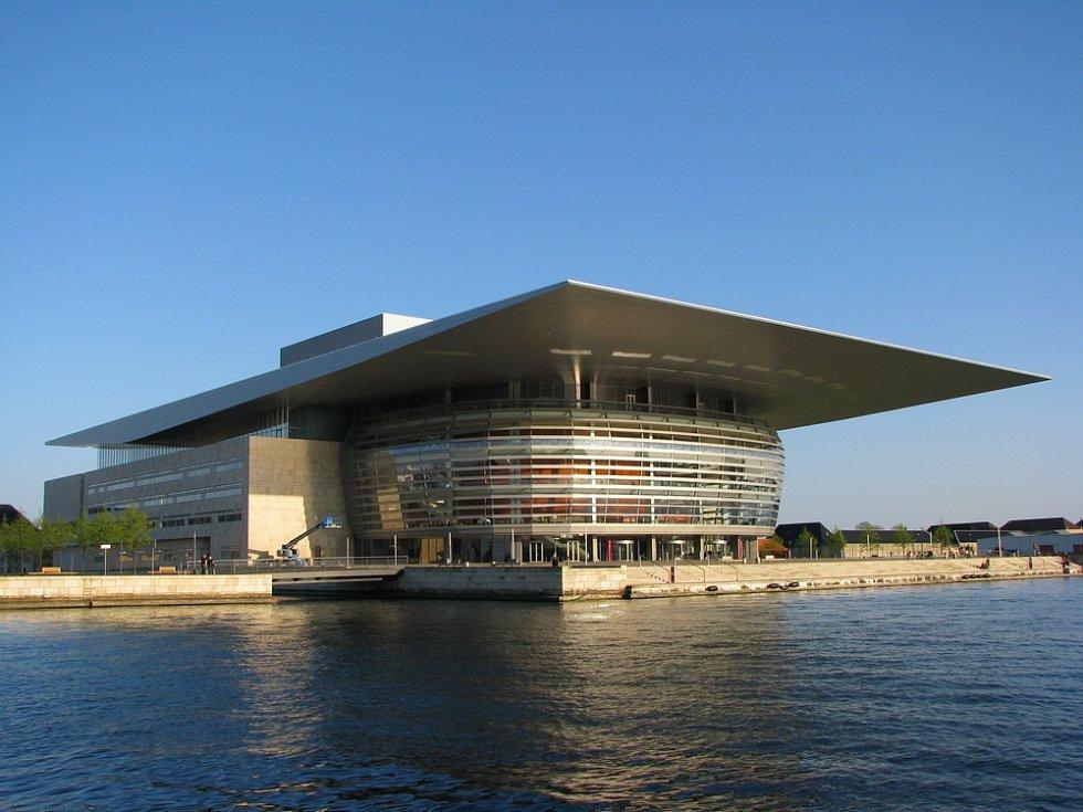 Kodaňská královská opera patří mezi nejmodernější operní scény na světě. Její stavba byla dokončena v roce 2004.