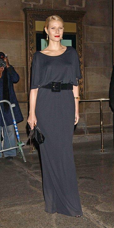 Róby YSL často oblékají hvězdy Hollywoodu: Gwyneth Paltrow