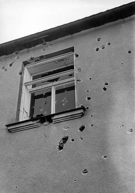 Budovy českých úřadů čelily teroristickým útokům