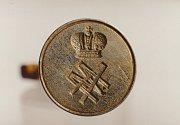 Pečetítko carova bratra, velkoknížete Michaila Alexandroviče, dnes v držení české rodiny Bystrovů