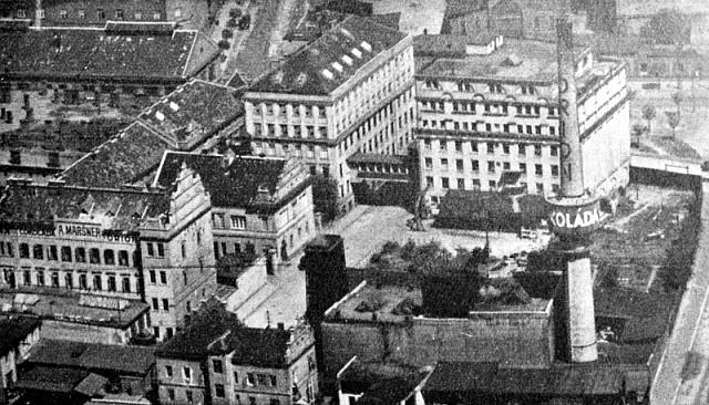 Velkou konjunkturu zažívala za první republiky výroba cukrovinek a čokolády. Nejsilnějším producentem byla vinohradská čokoládovna Orion (dříve Maršner)