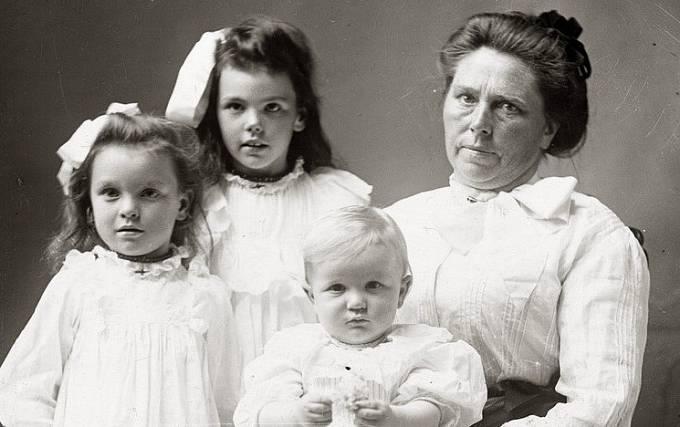 Belle Gunness s dětmi