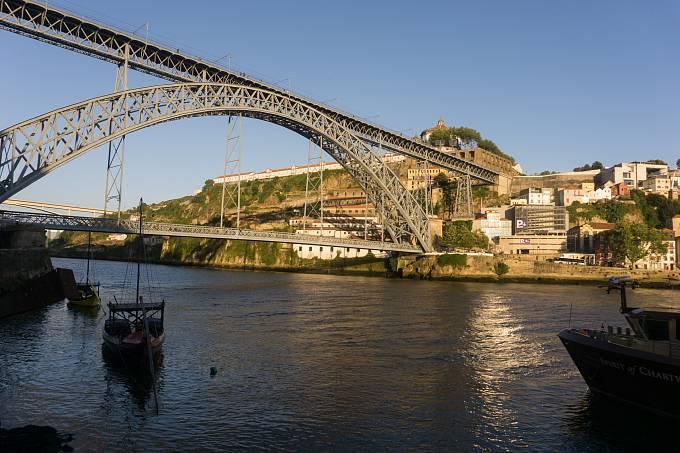 Řeka Douro a most Ponte Luis I