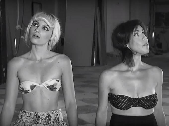 Hlavní iniciátorky projektu Národního filmového muzea Terezie Křížkovská a Adéla Mrázová v propagačním spotu