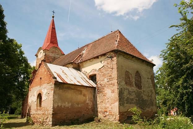 Kostel sv. Mikuláše v Běsnu na Lounsku