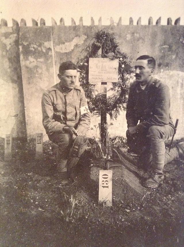 Snímek hrobu Václava Štětky vNižném Tagilu, který po roce 1918obdrželi Václavovi rodiče
