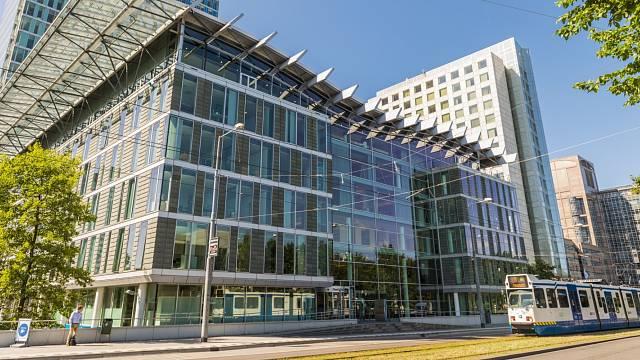 Komlex kancelářských budov na amsterdamské Strawinskylaan, kde mají své sídlo stovky firem.