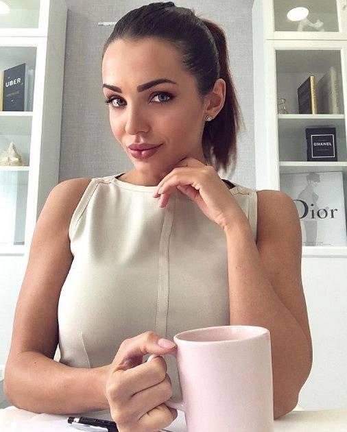 Maria Korotaeva, nová přítelkyně Andrewa Bushe