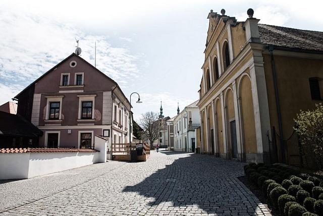 Vtomto domku bydlí Kristina Colloredo-Mansfeldová.