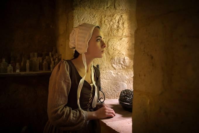 Počestné panny a vdovy byly chráněny před znásilněním.