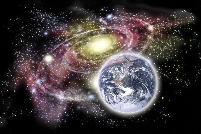 Zpomalování času by mohlo vysvětlit záhadné vesmírné jevy.