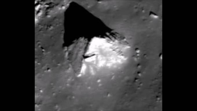 Pyramid na Měsíci je ale údajně mnohem více