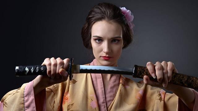 Nejdražší meče světa stojí více než nejluxusnější domy a většinou je najdeme v soukromých sbírkách