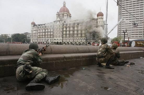 26. 11. 2008, Bombaj, Indie, 166 mrtvých