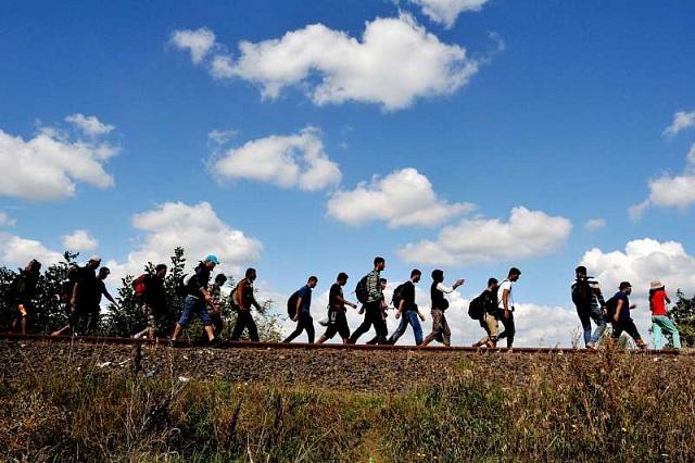 Do konce příštího roku by Česko - dobrovolně ivynuceně - mělo přijmout 2691válečných uprchlíků. Kolik jich asi bude doopravdy?