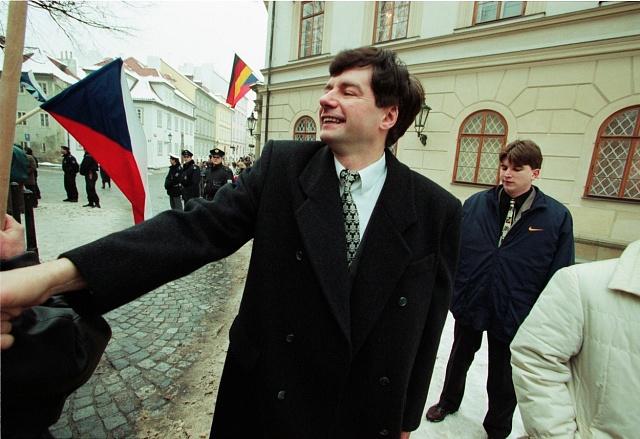 Miroslav Sládek vdobě, kdy se mu ještě přezdívalo Mr. Bean