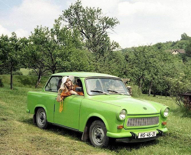 Jitka Molavcová ve filmu Prázdniny pro psa