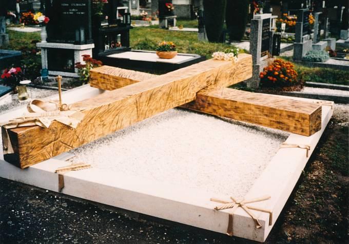Julkův hrob
