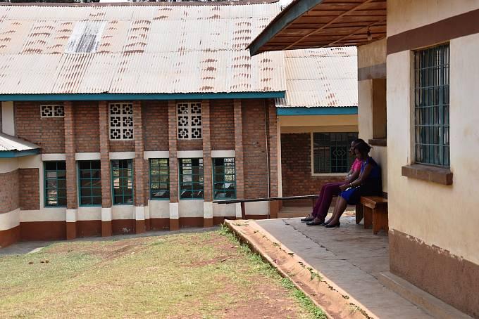V důsledku války a chudoby mnoho lidí trpí i psychickými problémy. V Jižním Kivu je jediné centrum, kde se psychiatrii věnují. Jmenuje se centrum SOSAME.
