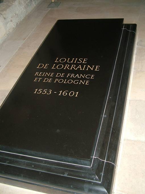 Hrob Luisy Lotrinské v bazilice Saint Denis.