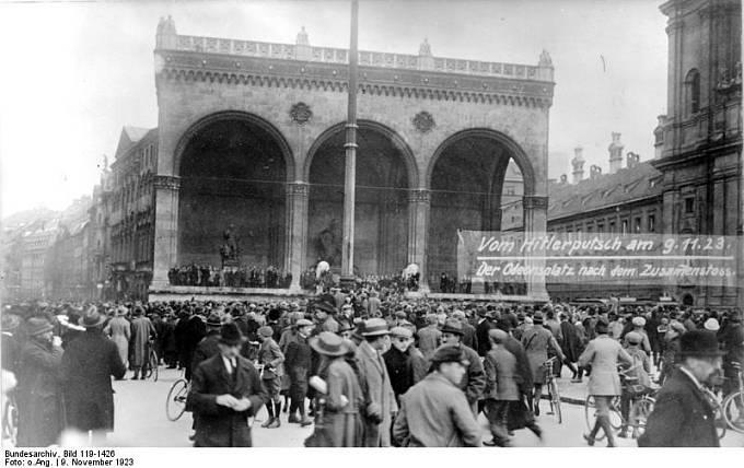 Mnichovský puč, 8.-9. listopadu 1923