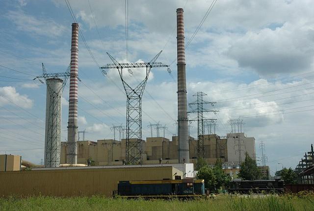 Pohled na uhelnou elektrárnu Polaniec na jihu Polska, kterou chce prodat francouzská Engie.