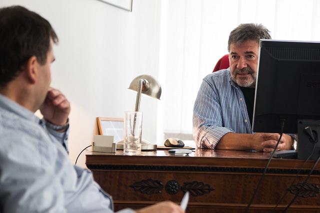 Jan Kalvoda během rozhovoru