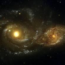 Vzácný snímek dvou spirálových galaxií v těsné blízkosti