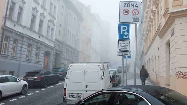 Snímek z nové parkovací zóny na Praze 6