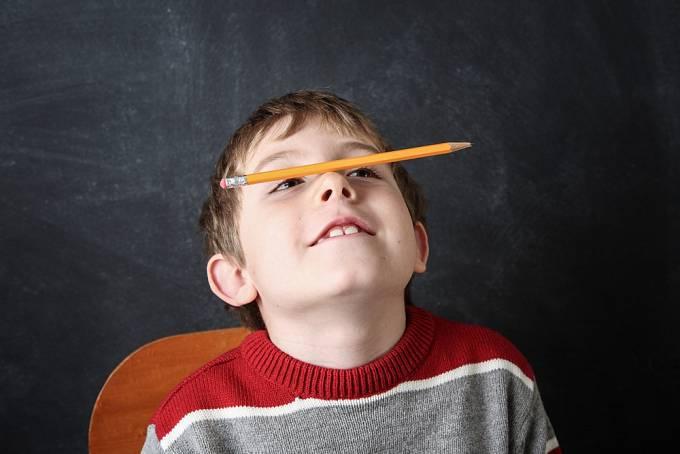 Nuda někdy není na škodu. Dítě je nuceno vymyslet si zábavu samo, a tím rozvíjí představivost.