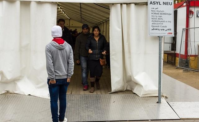 Uprchlické centrum v Berlíně