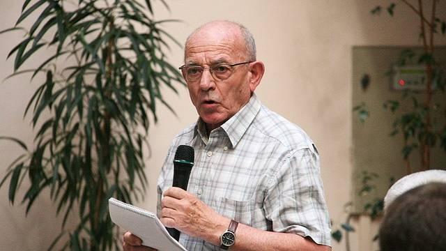 Luboš Dobrovský byl ve vyhrocené době ruského srpnového puče federálním ministrem obrany.
