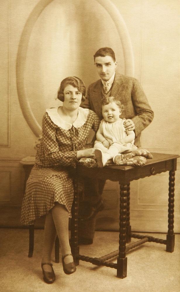 Na fotografiích vypadaly iprosté rodiny jako ze škatulky.