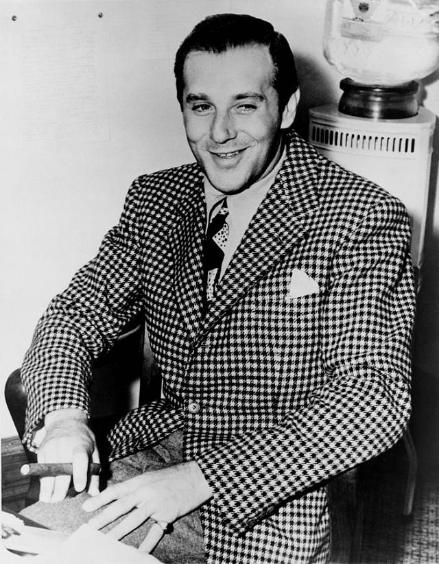 Kmotr a elegán Bugsy Siegel začínal jako zabiják ve službách Lucky Luciana