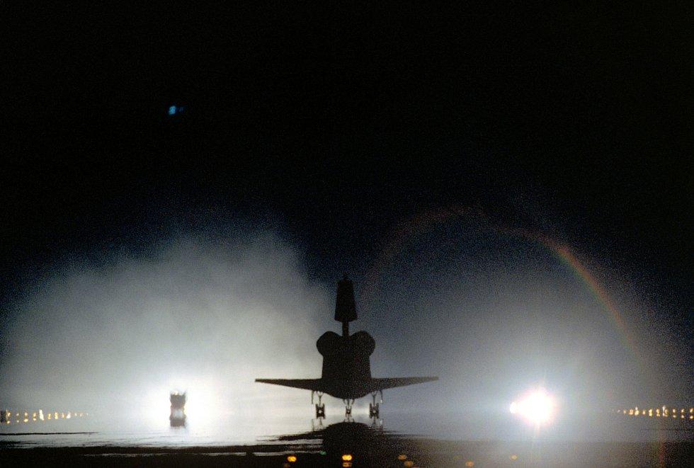 Druhý raketoplán, který tragicky poznamenal osud NASA. Columbia shořela při návratu na Zemi v roce 2003. Zemřelo sedm lidí.