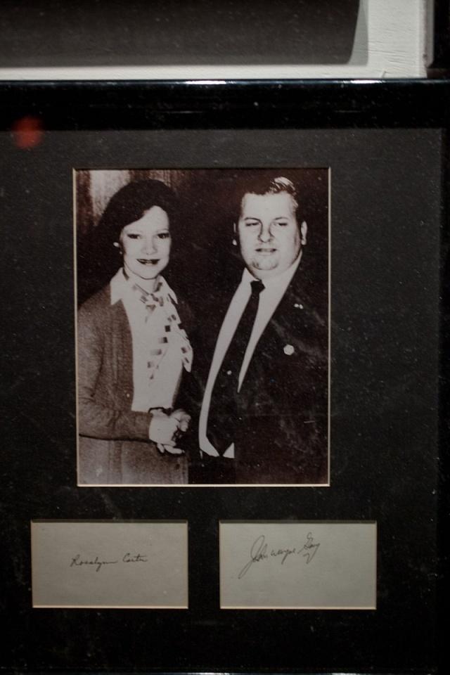 Gacy při setkání sprvní dámou USA Rosalynn Carterovou