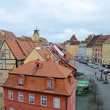 Střechy v historickém centru skrývají poklad.