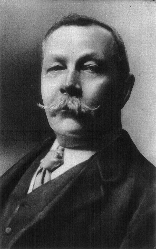 Sir Arthur Conan Doyle se nechal při tvorbě své nejslavnější postavy inspirovat vlastním učitelem