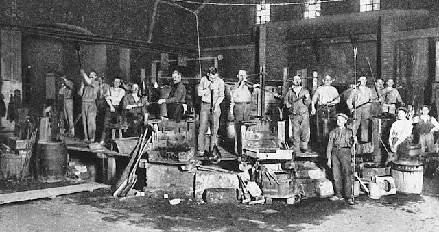 Dílna sklárny Moser vroce 1927