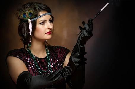 V meziválečné době se ženám radilo, aby méně mluvily.